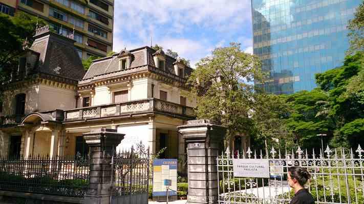 Casa das Rosas, edifício histórico localizado na Avenida Paulista